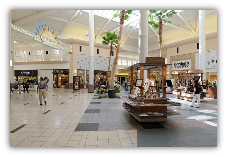 Houston is home to Willowbrook Mall, where you'll find all your favorite retailers alongside specialty stores and popular fatalovely.cfon: Willowbrook Mall, Houston, , TX.