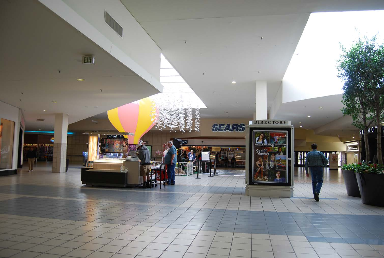 Briarwood Mall is located three miles south of the University of Michigan. It is the major retail hub for the Ann Arbor market. Ann Arbor is a highly educated community, specializing in world-class health care and automotive research and development.